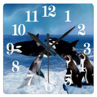 Ein Wal einer Welt Quadratische Wanduhr