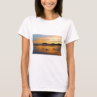 Ein Waliser-Sonnenaufgang, Llandudno, Wales T-Shirt