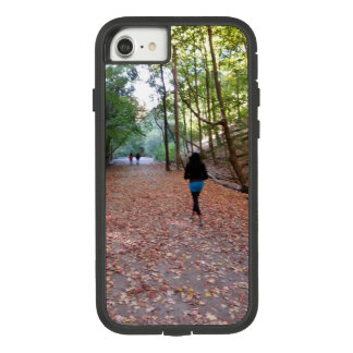 Ein Weg im Park Case-Mate Tough Extreme iPhone 8/7 Hülle