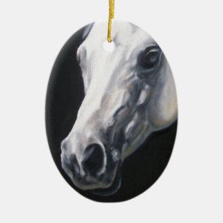 Ein weißes Pferd Keramik Ornament