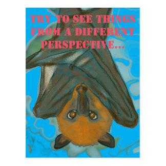 Eine andere Perspektive -- Flughund Postkarte
