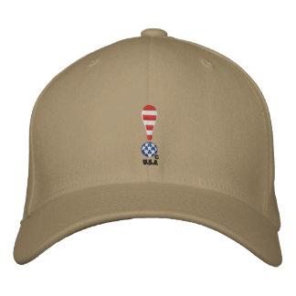Eine Anzeige der Einheit Bestickte Kappe