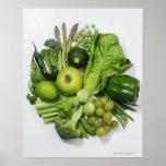Eine Auswahl der grünen Früchte u. des Gemüses Poster