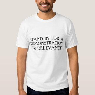 Eine Demonstration der Bedeutung T-Shirts