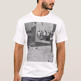 Eine dreifache Durchführung bei Juarez, Mexico_War T-Shirt