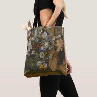 Eine Frau gesetzt neben einem Vase Blumen Tasche