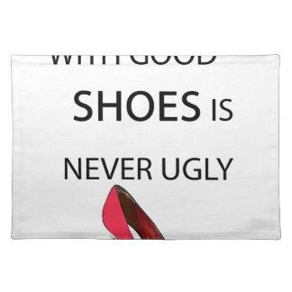 eine Frau mit guten Schuhen Tischset