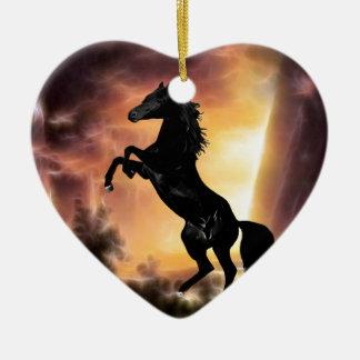 Eine friesische Stallionspferdeerrichtung Keramik Herz-Ornament