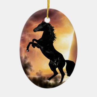 Eine friesische Stallionspferdeerrichtung Ovales Keramik Ornament