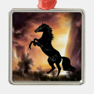 Eine friesische Stallionspferdeerrichtung Quadratisches Silberfarbenes Ornament