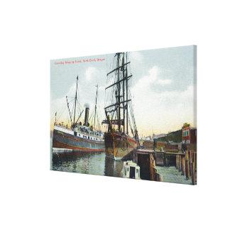 Eine Gurren-Bucht-Verschiffen-Szene am Dock Gespannte Galeriedrucke