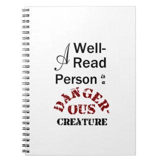 Eine Gut-Lesenperson ist ein gefährliches Geschöpf Spiral Notizblock