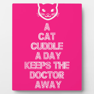 Eine Katzen-Umarmung ein Tag behält den Doktor Fotoplatte