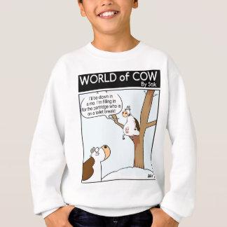 Eine Kuh in einem Birne Baum Sweatshirt