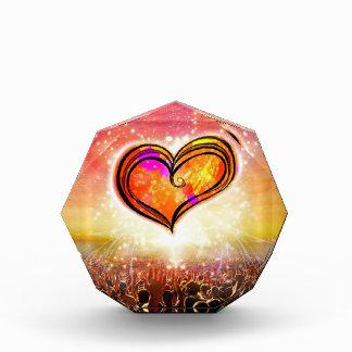 Eine Liebe-achteckige Acrylskulptur Acryl Auszeichnung