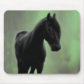 Eine PferdeRuhe Mousepads