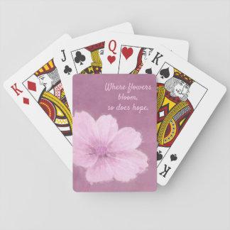 Eine rosa Kosmos-Blume auf einem rosa Hintergrund Spielkarten