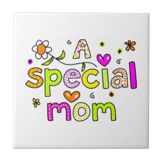 Eine spezielle Mamma Kleine Quadratische Fliese