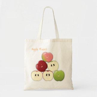 Eine Tasche von Apple stellt gegenüber!