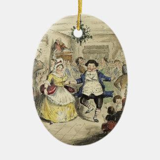 Eine Weihnachtscarol-Verzierung - Fezziwigs Ball Keramik Ornament