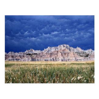 Einfache Ödländer, Grasland und Wolken South Postkarte