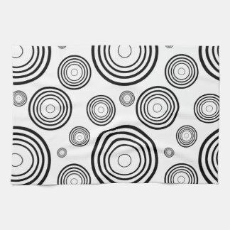 Einfache Schwarzweiss-Ringe Handtuch