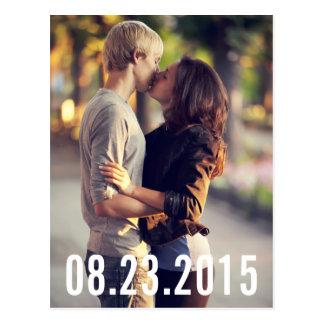 EINFACHE TYPOGRAFIE-VERTIKALE-SAVE THE DATE POSTKARTEN