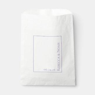 Einfache unbedeutende elegante geschenktütchen