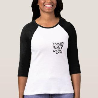 einfacher empfindlicher Spitzenentwurf T-Shirt