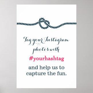 Einfaches blaues Knoten Instagram Fotos Hashtag Ze Poster