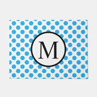 Einfaches Monogramm mit blauen Tupfen Türmatte