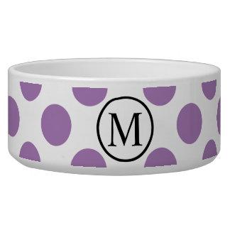 Einfaches Monogramm mit Lavendel-Tupfen Napf