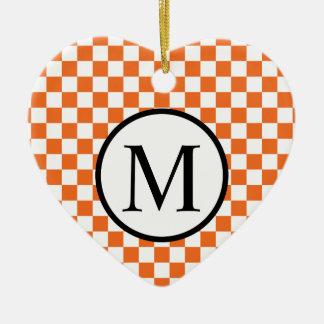 Einfaches Monogramm mit orange Schachbrett Keramik Herz-Ornament