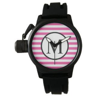 Einfaches Monogramm mit rosa horizontalen Streifen Armbanduhr