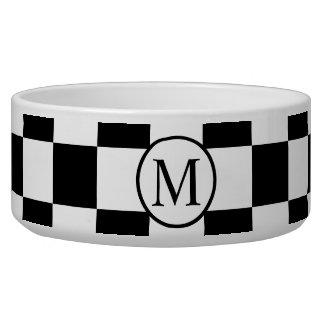 Einfaches Monogramm mit schwarzem Schachbrett Napf