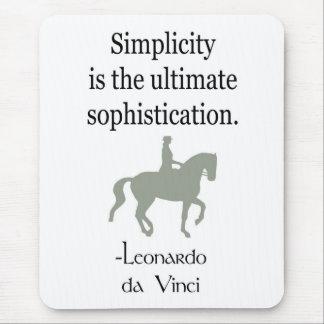 Einfachheits-Zitat mit Dressage-Pferd Mauspads