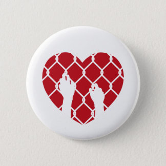 Eingeschlossen in der Liebe Runder Button 5,7 Cm