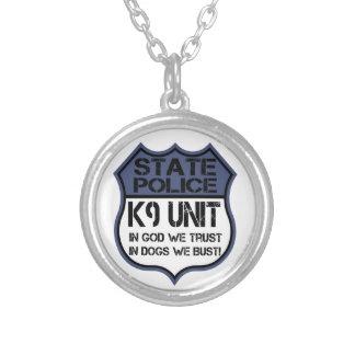 Einheit der Staats-Polizei-K9 im Gott vertrauen Versilberte Kette