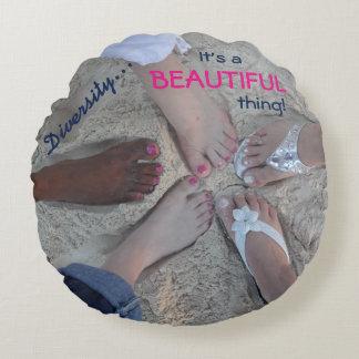 Einheit! Ethnischer Diversity-Rum-Punkt Cayman Rundes Kissen