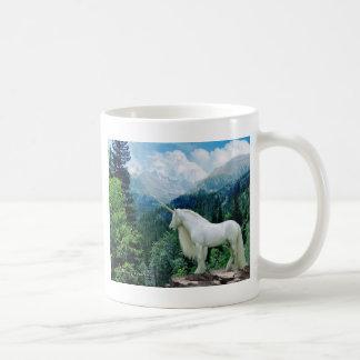 Einhorn in den Bergen Kaffeetasse
