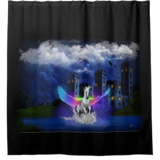Einhorn mit Regenbogen-Flügeln Duschvorhang