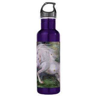 Einhorn-spielt hölzerne Waldmagie Herbst-Vogel die Trinkflasche