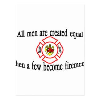 Einige Feuerwehrmänner Postkarte