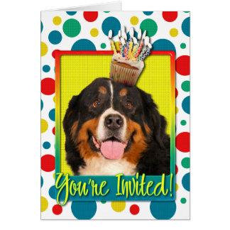 Einladungs-kleiner Kuchen - Bernese Gebirgshund Karte