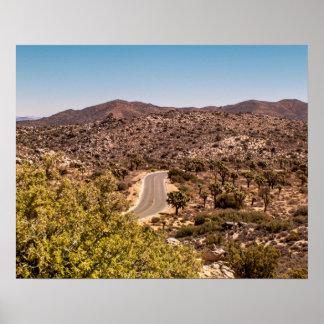 Einsame Wüstenstraße Joshua-Baums Poster