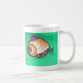Einsiedler-Krabbe mit einem Kaffeetasse
