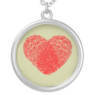 Einzigartiges Liebe-Herz-romantische persönliche Halskette Mit Rundem Anhänger