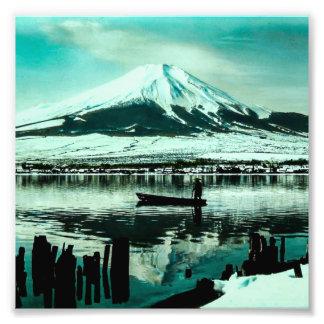 Einziger Schiffer unter dem Winter-Schatten vom Fotodrucke