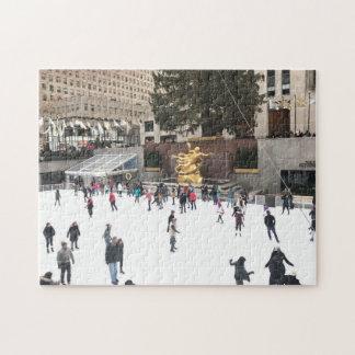 Eis-Skaten in Mittel-NYC Weihnachten Rockefeller Puzzle