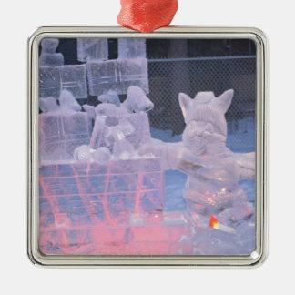 Eis-Skulptur-sportlicher Künstler, der arktische Quadratisches Silberfarbenes Ornament
